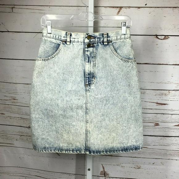 Forenza Dresses & Skirts - Forenza Acid Wash Denim Skirt size 10